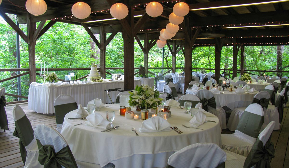 Small cabin wedding